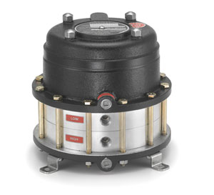The Ashcroft DDS-Series differential pressure switch