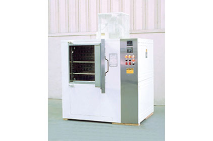 The Grieve No. 796 electrically heated 500�°F cleanroom cabinet oven