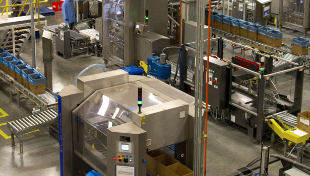 Two bulk and three bag packaging lines accurately fill 25- or 50-lb. bags or 2,000-lb. totes before sealing, labeling and palletizing. Photo by Candy Padilla.