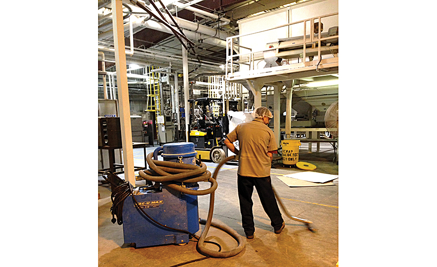 JR Short Milling uses fVAC-U-MAX portable industrial vacuums